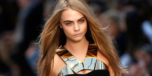 Cara Delevingne Bintangi Film James Bond?