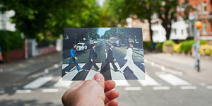 Foto ala The Beatles di Abbey Road London Berbahaya