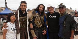Foto Siwon, Adrien Brody, dan Jackie Chan di Lokasi Syuting Dragon Blade