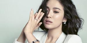 Cantiknya Song Hye Kyo dalam Versi B Cut J.Estina