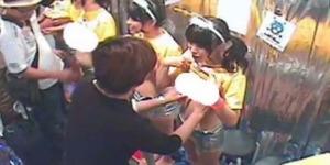 Peduli AIDS, 9 Bintang Porno Jepang Gelar Amal Remas Payudara