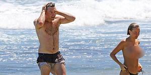 Lara Bingle Topless di Hawaii dengan Sam Worthington