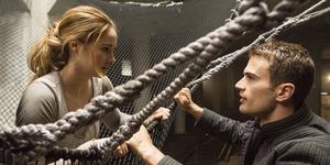 Saingi Hunger Games: Mockingjay 1, Insurgent Rilis Trailer Bulan November