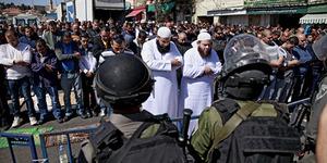 Tentara Israel Segel Pintu Gerbang Masjid Al-Aqsha