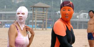 Tren Face-Kini, Topeng Pantai ala Spiderman yang Mendunia