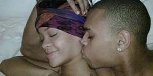 Video Seks Rihanna Malware Terpopuler di Facebook