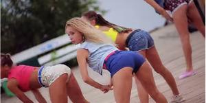 Video Goyang Bokong Seksi Gadis Rusia Hebohkan YouTube