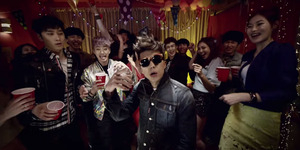 2PM Makin Kocak di MV Go Crazy Versi Pesta
