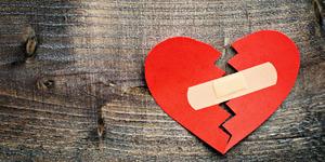5 Mantra Ampuh Penawar Patah Hati