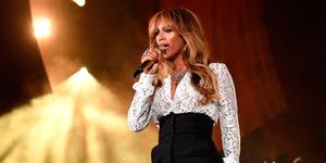 Foto Dada Beyonce Hampir Terekspos di Global Citizen Festival