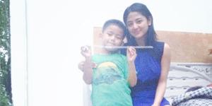 Foto-foto Tampan Anak Dewi Perssik, Felice Gabriel
