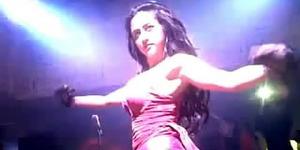 Video Goyang Hot Dewi Persik Populer di YouTube