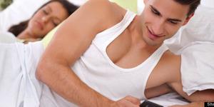 5 Cara Pria Menutupi Perselingkuhannya