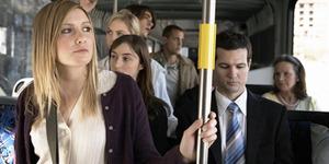 6 Tips Aman Bepergian Dengan Kendaraan Umum