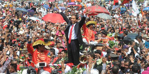 Pawai Jokowi-JK Dikawal Makhluk Halus