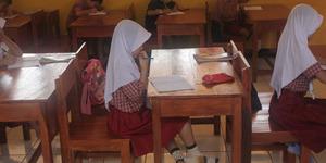 Siswi SD Papua Dikeluarkan Karena Berjilbab