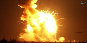 Video Roket Antares NASA Meledak