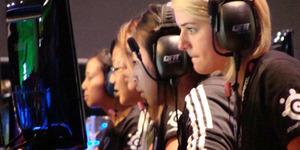 5 Gamer Profesional Wanita Tercantik dan Terkaya