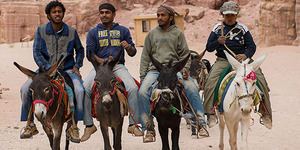 BBM Naik 75 Persen, Warga Iran Gunakan Keledai