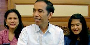 Pose Selfie Kocak Keluarga Jokowi
