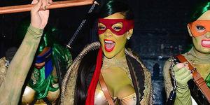 Foto Rihanna Berubah Jadi Kura-Kura Ninja Seksi