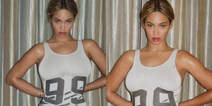 Foto Seksi Beyonce Pakai Baju Renang