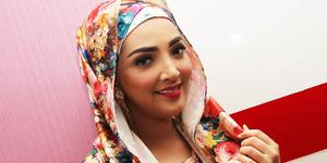 Foto Cantik Selfie Ashanty Berhijab