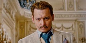 Johnny Depp-Gwyneth Paltrow Beradegan Mesra di Trailer Mortdecai
