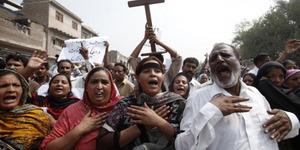 Pasangan Kristen Pakistan Dibunuh Sebab Dianggap Menghina Al-Quran