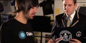 Rekor Baru Marcel Fernandes Filho, Pengetik SMS Tercepat di Dunia