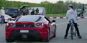 Video: Sepeda Bermesin Roket Kalahkan Ferrari