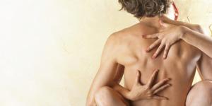 5 Posisi Seks Baru Yang Menantang