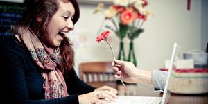 5 Tips Menjaga Kemesraan Hubungan Jarak Jauh