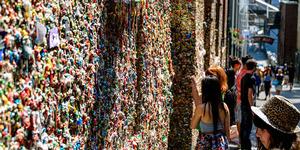 Uniknya Wisata Tembok Permen Karet di Amerika