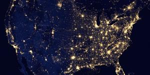 Bumi 50% Lebih Bersinar Saat Malam Natal