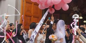 Ciuman Mesra David NOAH-Gracia Indri Usai Resmi Menikah