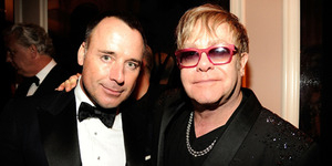 Elton John-David Furnish Gelar Pernikahan Sesama Jenis