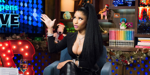 Payudara Nicki Minaj Terekspos di Acara Talk Show