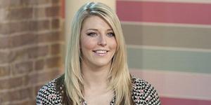 Hazel Jones, Wanita Cantik Terlahir Punya 2 Vagina
