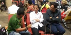 Jokowi Kunjungan Kerja ke Semarang Naik Pesawat Komersil