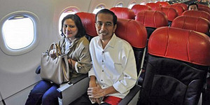 Jokowi Naik Pesawat Komersil Hemat Anggaran Rp 120 Juta
