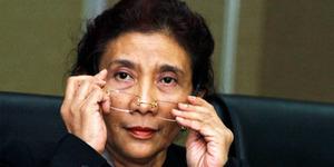Menteri Susi Ingin Tenggelamkan Kapal Maling Ikan dengan Bom TNI AL