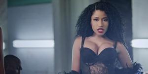 Nicki Minaj Seksi dan Hot di Video Klip Only