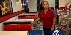 Muslim Pemilik Cabang Burger King Kembalikan Tas Tertinggal Berisi Rp 1,2 Miliar