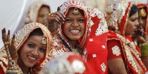 Pengusaha Tajir India Nikahkan Massal 111 Perempuan Yatim