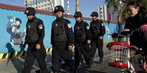 Serangan Polisi Tiongkok Tewaskan 11 Muslim Xinjiang