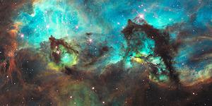 Foto Awan Luar Angkasa Magellanik Berbentuk Kuda Laut