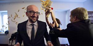Video PM Belgia Charles Michel Dilempari Kentang Goreng Demonstran