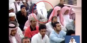Video Sosok Bercahaya Diduga Malaikat Salat Jumat di Masjid Nabawi