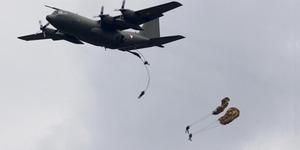 13 Penumpang Pesawat Melompat Sebelum Kecelakaan di Udara